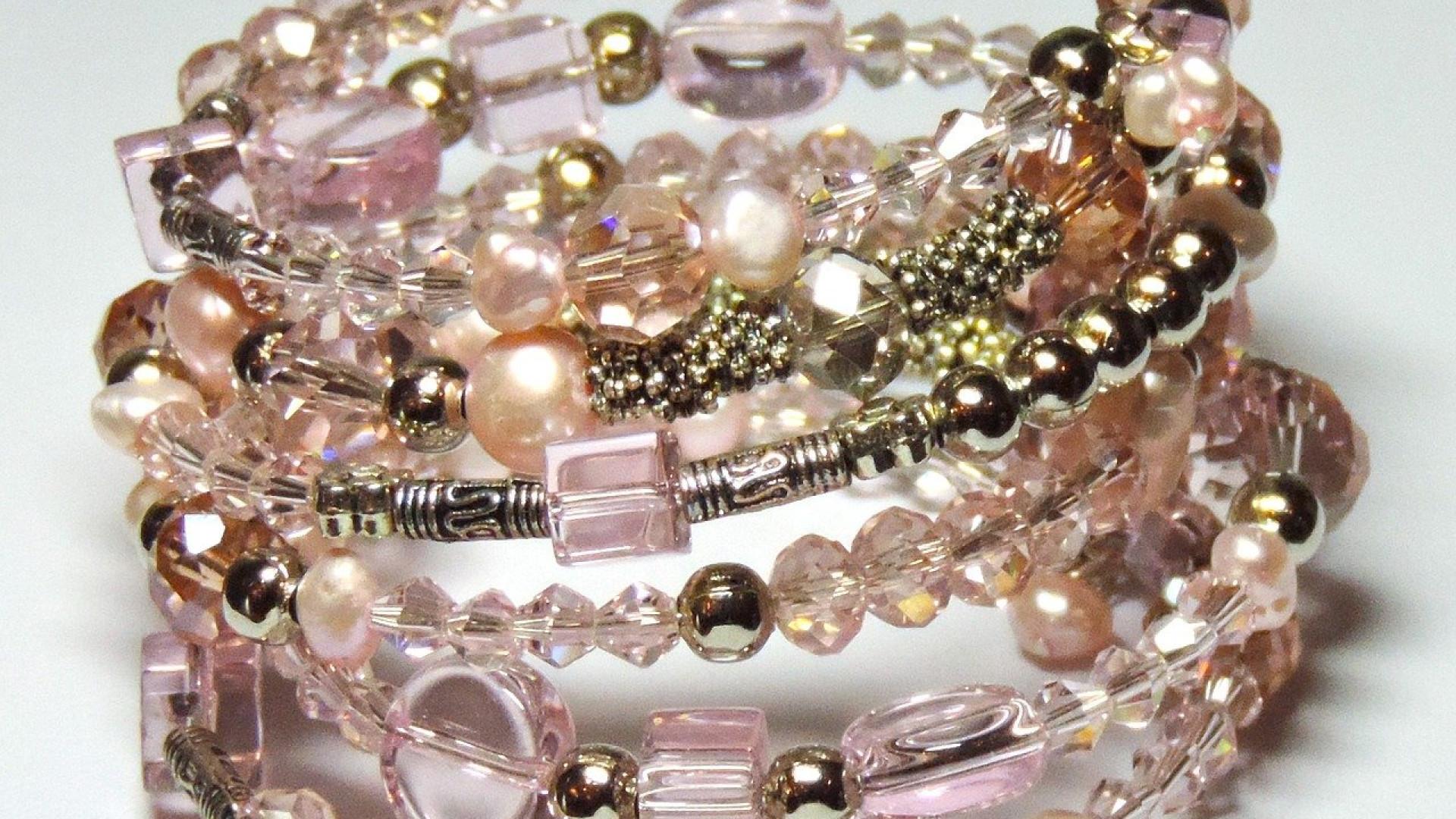 Bracelet femme haut de gamme : pourquoi privilégier une marque française ?